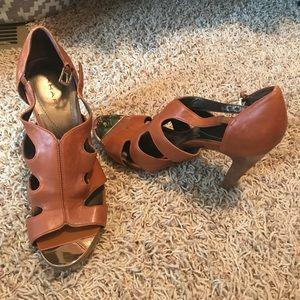 Tahari women's heels